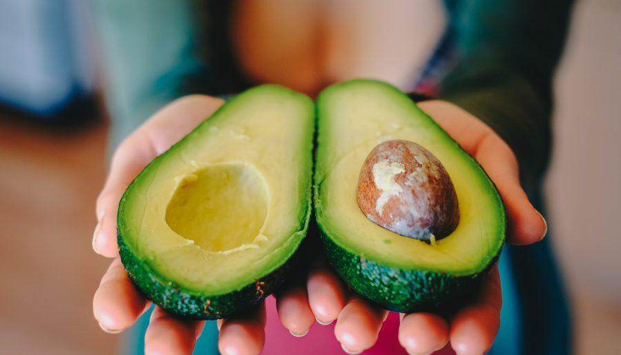 Je eigen avocado's planten: zo werkt het
